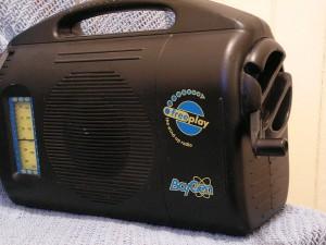 Radio à manivelle, inventée par Trevor Baylis