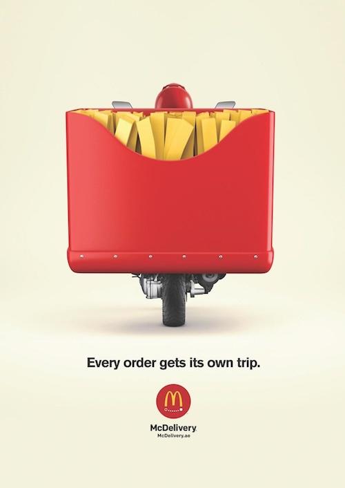 Affiche publicitaire service livraison McDo