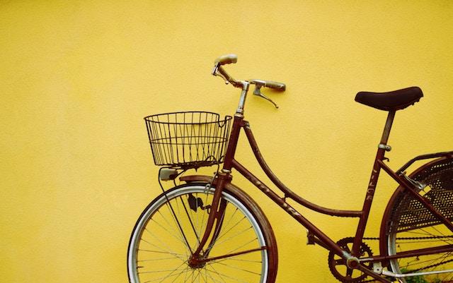 Photographie couleur jaune