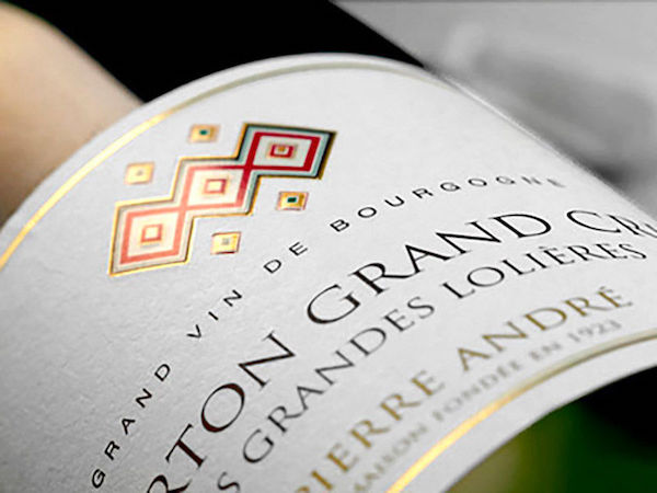 Etiquette de vin typographie