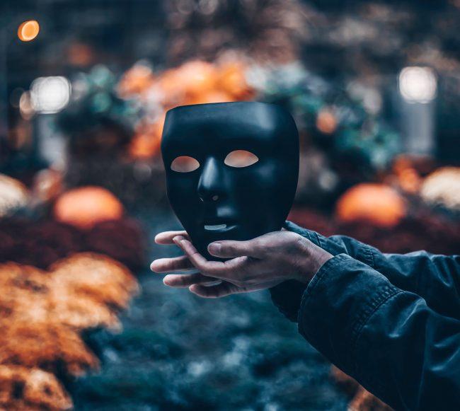 graphiste peur masqué