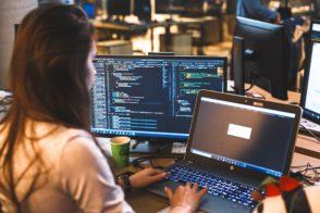 Aston forme de futurs talents du digital et accompagne leur entrée dans la vie active
