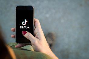 TikTok: un délai de 90 jours pour vendre ou cesser son activité aux États-Unis